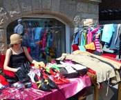 How to Find Great Bargains at the Flea Market